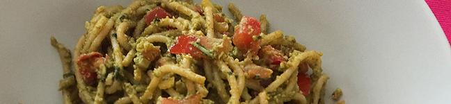vegane Spaghetti mit sizilianischer Mandelsauce
